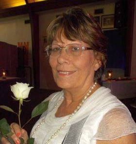 Favorite Holiday Memory Blog Hop Elaine Kaye